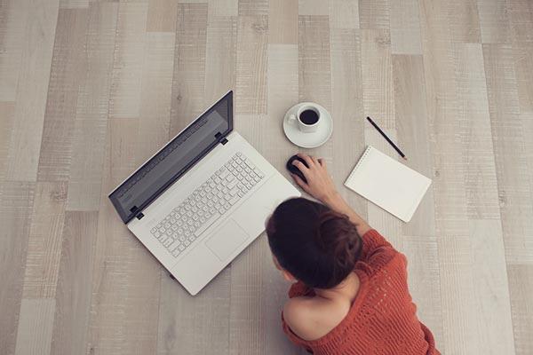 Blogging-vs-Freelance